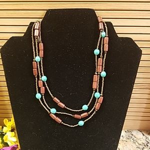 Essence beaded 3 tier necklace GUC